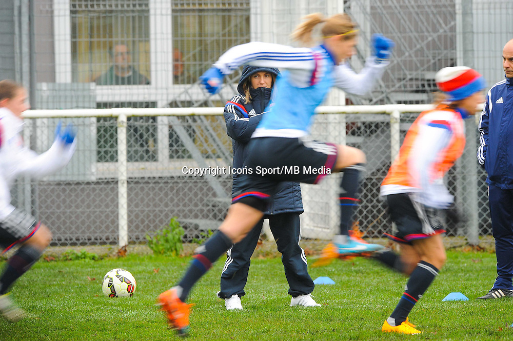Sonia BOMPASTOR  - 03.12.2014 - Saint Etienne / Lyon - 11eme journee de Division 1<br /> Photo : Thomas Pictures / Icon Sport