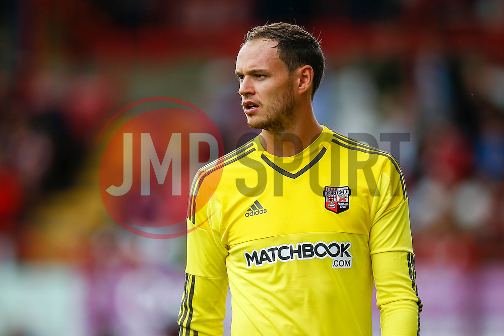 David Button of Brentford - Mandatory by-line: Jason Brown/JMP - Mobile 07966 386802 25/07/2015 - SPORT - FOOTBALL - Brentford, Griffin Park - Brentford v Stoke City - Pre-Season Friendly
