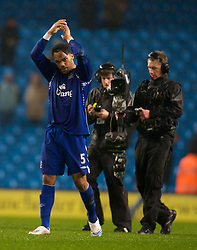 MANCHESTER, ENGLAND - Monday, February 25, 2008: Everton's Jolean Lescott celebrates his side's 2-0 victory over Manchester City during the Premiership match at the City of Manchester Stadium. (Photo by David Rawcliffe/Propaganda)