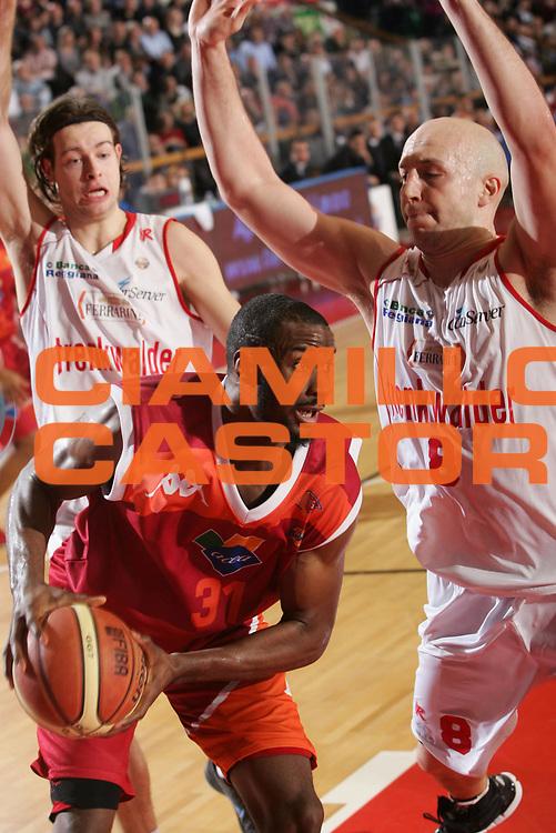 DESCRIZIONE : Reggio Emilia Lega A 2012-13 Trenkwalder Reggio Emilia Acea Virtus Roma<br /> GIOCATORE : Gani Lawal<br /> CATEGORIA : palleggio<br /> SQUADRA : Acea Virtus Roma<br /> EVENTO : Campionato Lega A 2012-2013 <br /> GARA : Trenkwalder Reggio Emilia Acea Virtus Roma<br /> DATA : 03/02/2013<br /> SPORT : Pallacanestro <br /> AUTORE : Agenzia Ciamillo-Castoria/P. Boccaccini<br /> Galleria : Lega Basket A 2012-2013  <br /> Fotonotizia : Reggio Emilia Lega A 2012-13 Trenkwalder Reggio Emilia Acea Virtus Roma