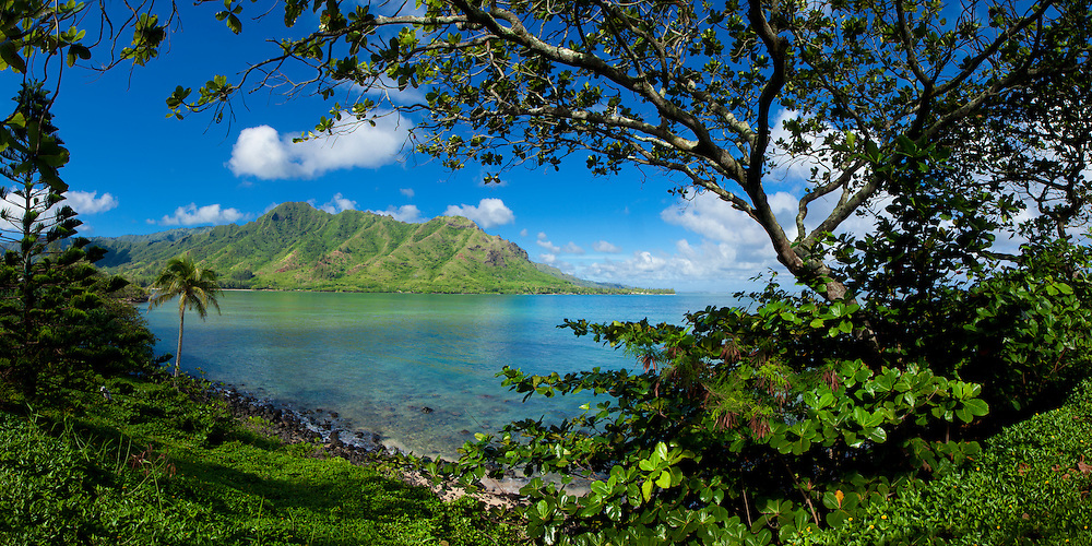 Panoramic view of Kahana Bay and the windward coast of Oahu, Hawaii