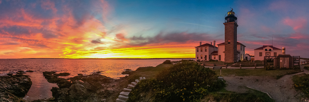 Wide angle panorama of Beavertail lighthouse