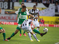 08.05.2015, Stadion der Stadt, Linz, AUT, 2.FBL, LASK Linz vs Mattersburg, im Bild v.l. Francisco Jose Sanchez Rodriguez (SV Mattersburg), Daniel Kerschbaumer (LASK Linz) // during Austrian Second Football Bundesliga 32th round Match between LASK Linz and Floridsdorfer AC at the Stadion der Stadt in Linz, Austria on 2015/05/08. EXPA Pictures © 2015, PhotoCredit: EXPA/ Reinhard Eisenbauer