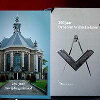 Nederland, Bodegraven , 28 juli 2010..Boeken over vrijmetselaarsrituelen in het huis van vrijmetselaar Ria Peerdeman.Book about Freemasonry.