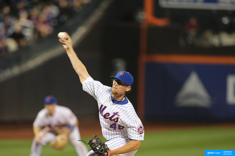 Pitcher Tyler Clippard, New York Mets, pitching during the New York Mets Vs Atlanta Braves MLB regular season baseball game at Citi Field, Queens, New York. USA. 22nd September 2015. Photo Tim Clayton