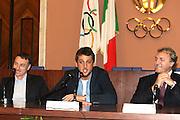 ROMA 12 MAGGIO 2010<br /> BASKET FIP<br /> CONFERENZA STAMPA BELINELLI E CUZZOLIN<br /> NELLA FOTO CUZZOLIN MENEGHIN BELINELLI <br /> FOTO CIAMILLO