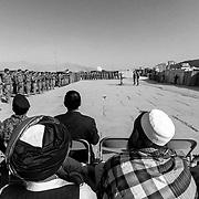 Cerimonia per il passaggio di consegne tra la Folgore e la Brigata Sassari