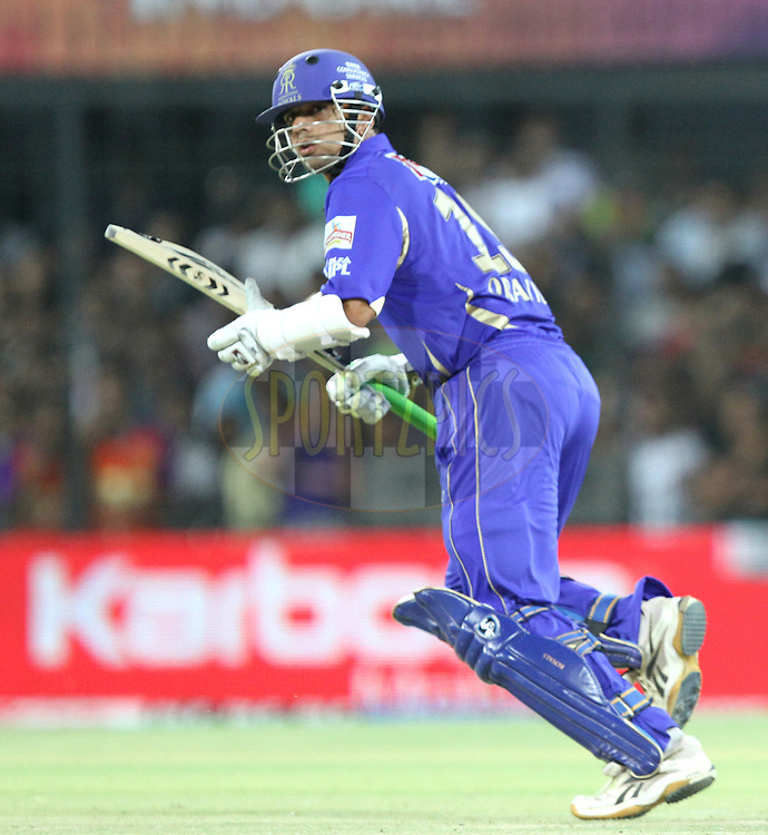 Rahul Dravid of RR takes a run during match 61 of the Indian Premier League ( IPL ) Season 4 between the Kochi Tuskers Kerala and the Rajasthan Royals held at the Holkar Stadium in Indore, Madhya Pradesh, India on the 15th May  2011..Photo by Prashant Bhoot/BCCI/SPORTZPICS