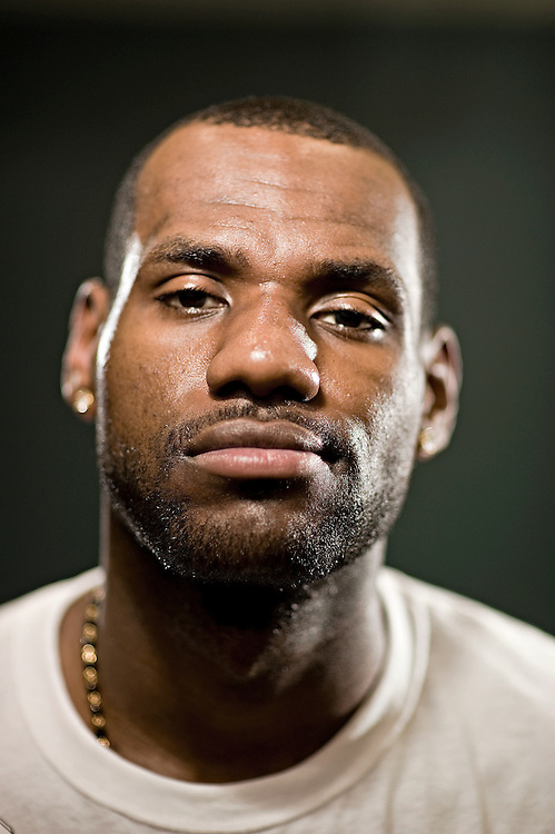 "FRIDAY AUGUST 21, 2009 AKRON OHIO- Cleveland Cavaliers star Lebron James poses for a picture at the Summit Lake Community Center in the neighborhood he grew up in. James came to the community center during the ""More Than a Game"" world tour. More Than a Game is a documentary made about his life. PHOTO BY JOSH RITCHIE"