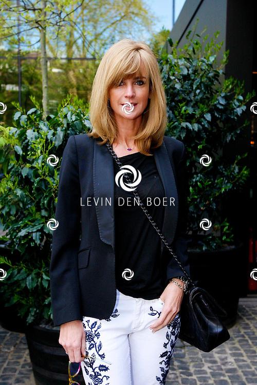 AMSTERDAM - In het Conservatorium Hotel vierde Leco Zadelhoff zijn 45ste verjaardag. Met op de foto  Daphne Krajicek-Deckers. FOTO LEVIN DEN BOER