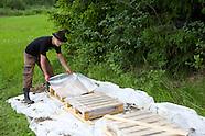 Mehiläiset - Beekeeping