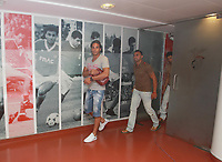 20100628: LISBON, PORTUGAL - SL Benfica starts 2010/2011 season. The players did the usual medical tests. In picture: Nuno Gomes and Carlos Martins. PHOTO: CITYFILES