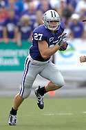 MANHATTAN, KS - OCTOBER 06:  Manhattan, KS - October 06:  Wide receiver Jordy Nelson #27 of the Kansas State Wildcats rushes up field against the Kansas Jayhawks, during a NCAA football game on October 06, 2007 at Bill Snyder Family Stadium in Manhattan, Kansas.  Kansas won the game 30-24.  (Photo by Peter Aiken/Getty Images)