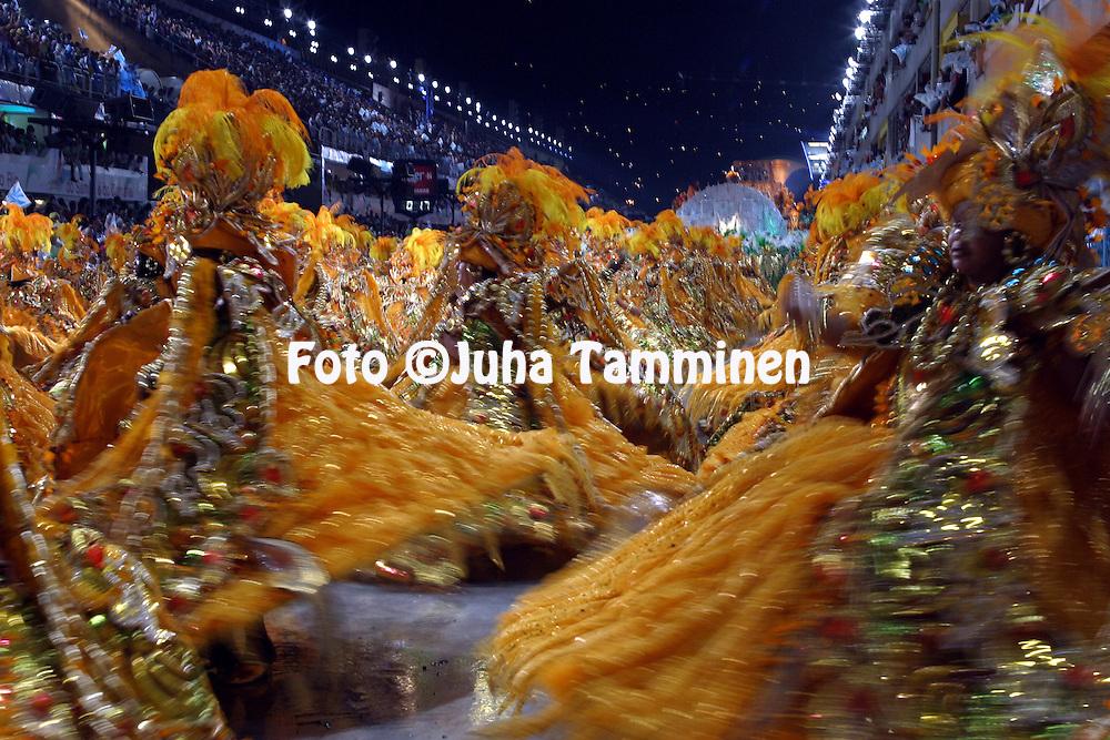 24.02.2004, Samb?dromo, Rio de Janeiro, Brazil..Carnaval 2004 - Desfile das Escolas de Samba, Grupo Especial / Carnival 2004 - Parades of the Samba Schools..Desfile de / Parade of:  GRES Beija-Flor.©Juha Tamminen