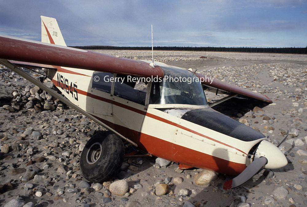 Airplane crash, plane crash, Aviation, Alaska flying, Bush Plane, Denali, Denali National Park, Alaska
