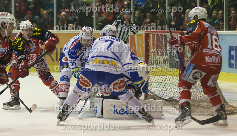 26.12.2013, Stadthalle, Klagenfurt, AUT, EBEL, KAC vs EC VSV, 58. Runde, im Bild John Lammers (Kac, #20), Markus Pirman (KAC, #44), Kiemen Pretnar (VSV, #7), Scott Hotham (VSV, #55), Jean-Philippe Lamoureux (VSV, #1), Thomas Koch (Kac, #18)// during the Erste Bank Icehockey League 58th Round match betweeen EC KAC and EC VSV at the City Hall, Klagenfurt, Austria on 2013/12/26. EXPA Pictures © 2013, PhotoCredit: EXPA/ Gert Steinthaler