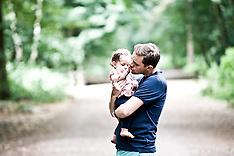 21.07.13 Lee & Nikki & Family Outdoor Photoshoot
