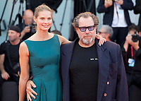 Venice, Italy, 30th August 2019, Louise Kugelberg and Julian Schnabel at the gala screening of the film J'Accuse (An Officer And A Spy) at the 76th Venice Film Festival, Sala Grande. Credit: Doreen Kennedy/Alamy Live News