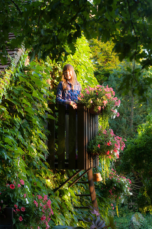 Iona in the garden at Moulin de Garriaux