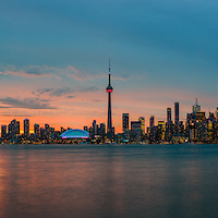 http://Duncan.co/toronto-skyline-at-sunset