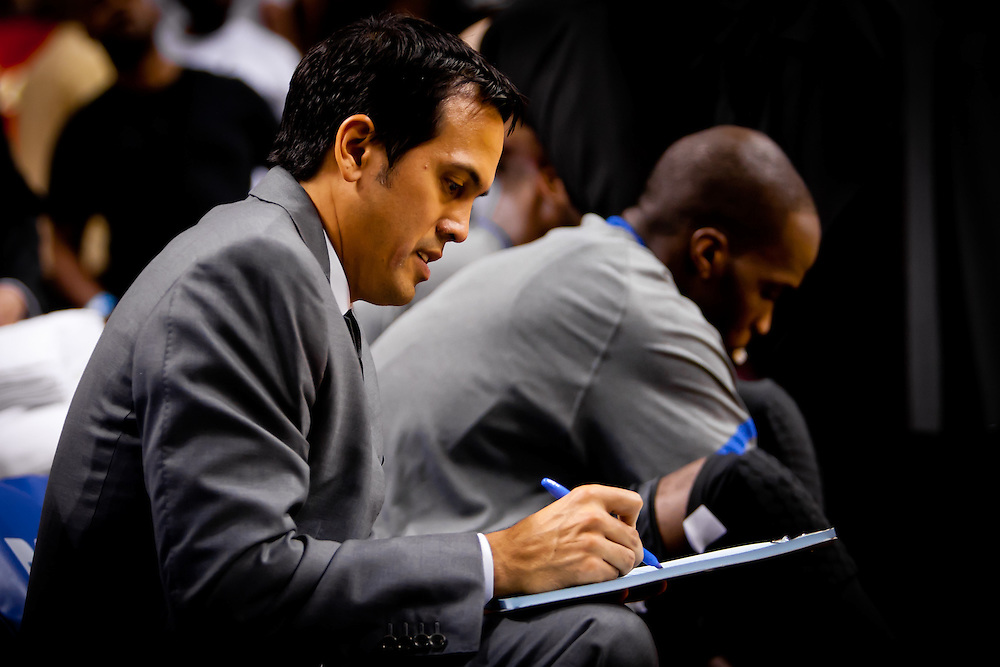MIAMI, FL -- January 29, 2012 -- Miami head coach Erik Spoelstra writes out a play at halftime during the Heat's 97-93 win over the Bulls at American Airlines Arena in Miami, Fla., on Sunday, January 29, 2012.  (Chip Litherland for ESPN the Magazine)