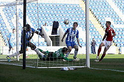 Bristol City's Scott Wagstaff scores a goal. - Photo mandatory by-line: Dougie Allward/JMP - Mobile: 07966 386802 22/03/2014 - SPORT - FOOTBALL - Colchester - Colchester Community Stadium - Colchester United v Bristol City - Sky Bet League One