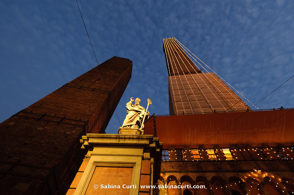 Torre degli Asinelli, Bologna