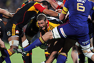 Tawera Kerr-Barlow gets stuck in the middle of a maul..Investec Super Rugby - Highlanders v Chiefs, 25 February 2011, Carisbrook Stadium, Dunedin, New Zealand..Photo: Rob Jefferies / www.photosport.co.nz/SPORTZPICS