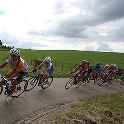 06-09-2015: Wielrennen: Ladiestour: Valkenburg<br />VALKENBURG (NED) wielrennen<br />De slotetappe van de Boels Ladies Tour startte traditioneel in Bunde en voerde het peloton door het Limburgse Heuvelland met finish op de top van de Cauberg. Het peloton slingerde door het Limburgse Heuvelland