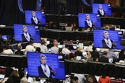 ST. LOUIS, Oct. 10, 2016 (Xinhua) -- Media staff watch live broadcast of the 2016 presidential debate at the media center in Washington University in St. Louis, Missouri, the United States, Oct. 9, 2016. The second of three U.S. presidential debates between the Democratic and Republican nominees Hillary Clinton and Donald Trump was held in Washington University on Sunday.  (Xinhua/Wang Ying) (wtc) (Credit Image: © Wang Ying/Xinhua via ZUMA Wire)
