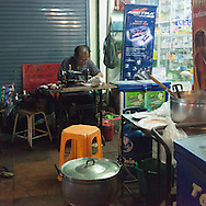 Thailand. Bangkok. Khao San Road tourists district / quartier touristique de Khao San Road district