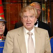 NLD/Huizen/20050706 - Premiere Nieuw Groot Chinees Staatscircus, Henk van der Meyden