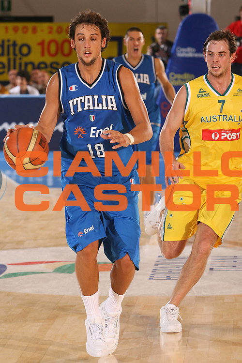 DESCRIZIONE : Bormio Torneo Internazionale Gianatti Italia Australia <br /> GIOCATORE : Marco Belinelli <br /> SQUADRA : Nazionale Italiana Uomini <br /> EVENTO : Bormio Torneo Internazionale Gianatti <br /> GARA : Italia Australia <br /> DATA : 03/08/2007 <br /> CATEGORIA : Palleggio <br /> SPORT : Pallacanestro <br /> AUTORE : Agenzia Ciamillo-Castoria/S.Silvestri