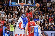 DESCRIZIONE : Campionato 2014/15 Dinamo Banco di Sardegna Sassari - Olimpia EA7 Emporio Armani Milano Playoff Semifinale Gara6<br /> GIOCATORE : Joe Ragland<br /> CATEGORIA : Tiro Penetrazione Sottomano Controcampo<br /> SQUADRA : Olimpia EA7 Emporio Armani Milano<br /> EVENTO : LegaBasket Serie A Beko 2014/2015 Playoff Semifinale Gara6<br /> GARA : Dinamo Banco di Sardegna Sassari - Olimpia EA7 Emporio Armani Milano Gara6<br /> DATA : 08/06/2015<br /> SPORT : Pallacanestro <br /> AUTORE : Agenzia Ciamillo-Castoria/L.Canu