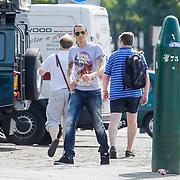 NLD/Hilversum/20120820 - Jose Hoebee en zoon winkelend