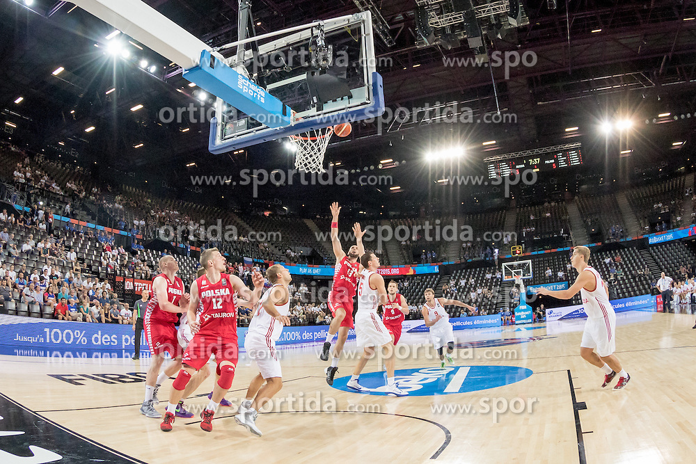 06.09.2015, Park Suites Arena, Montpellier, FRA, Russland vs Polen, Gruppe A, im Bild &Uuml;bersicht auf das Spiel // during the FIBA Eurobasket 2015, group A match between Russia and Poland at the Park Suites Arena in Montpellier, France on 2015/09/06. EXPA Pictures &copy; 2015, PhotoCredit: EXPA/ Newspix/ Pawel Pietranik<br /> <br /> *****ATTENTION - for AUT, SLO, CRO, SRB, BIH, MAZ, TUR, SUI, SWE only*****