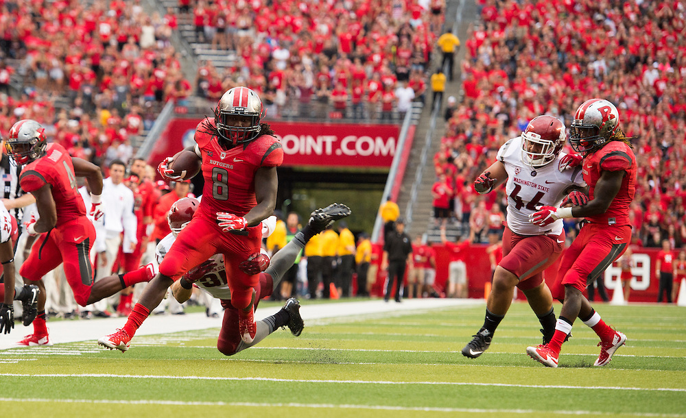 The Rutgers Scarlet Knights football team takes on Washington State at High Point Solutions Stadium on Saturday afternoon September 12, 2015.<br />