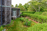 11 Cove Hollow Farm Rd, East Hampton, NY