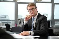 03 JAN 2008, BERLIN/GERMANY:<br /> Ronald Pofalla, CDU Generalsekretaer, waehrend einem Interview, in seinem Buero, Konrad-Adenauer-Haus<br /> IMAGE: 20080103-01-007