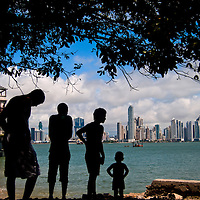 COLOR WHISPERS<br /> Panama City, Panama 2011<br /> Photography by Aaron Sosa