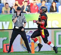 03.06.2014, NV Arena, St. Poelten, AUT, American Football Europameisterschaft 2014, Gruppe A, Schweden (SWE) vs Deutschland (GER), im Bild Touchdown durch Danny Washington, (Team Germany, RB, #2) // during the American Football European Championship 2014 group A game between Sweden vs Germany at the NV Arena, St. Poelten, Austria on 2014/06/03. EXPA Pictures © 2014, PhotoCredit: EXPA/ Thomas Haumer