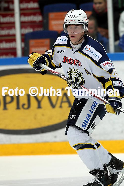 1.11.2011, Hmeenlinna...Jkiekon SM-liiga 2011-12. HPK - Blues..Tomi Sallinen - Blues