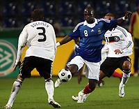 Fotball<br /> Frankrike<br /> Foto: DPPI/Digitalsport<br /> NORWAY ONLY<br /> <br /> FOOTBALL - EUROPEAN CHAMPIONSHIP UNDER 21 2009 - PLAY OFF FOR FINAL TOURNAMENT - GERMANY v FRANCE UNDER 21 - 10/10/2008 - MOUSSA SISSOKO (FRA) / SEBASTIAN  BOENISCH (GER) <br /> <br /> Tyskland v Frankrike U21