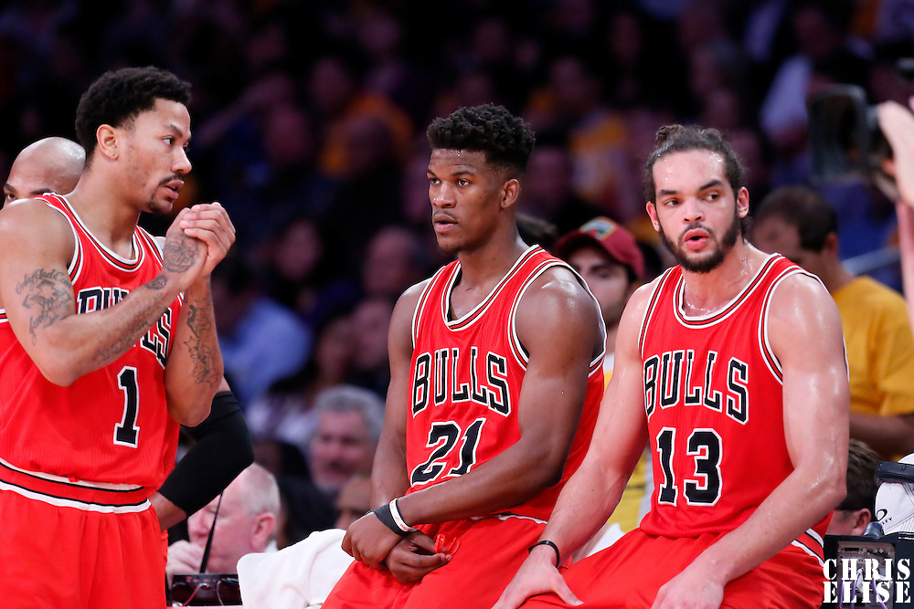 29 January 2015: Chicago Bulls guard Derrick Rose (1), Chicago Bulls guard Jimmy Butler (21) and Chicago Bulls center Joakim Noah (13) wait to enter the game during the Los Angeles Lakers 123-118 2OT victory over the Chicago Bulls, at the Staples Center, Los Angeles, California, USA.