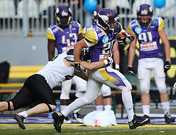 20.06.2015, Hohe Warte, Wien, AUT, AFL, AFC Vikings Vienna vs Prag Panthers, im Bild Miroslav Stankic (AFC Vienna Vikings, RB, #26) // during the Austrian Football League game between AFC Vikings Vienna and Prague Panthers at the Hohe Warte, Wien, Austria on 2015/06/20. EXPA Pictures © 2015, PhotoCredit: EXPA/ Thomas Haumer