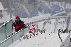 05.01.2012, Paul Ausserleitner Schanze, Bischofshofen, AUT, 60. Vierschanzentournee, FIS Ski Sprung Weltcup, Training, im Bild Nach starken Schneefall wird die Qalifikation abgebrochen // during a practice session of 60th Four-Hills-Tournament FIS World Cup Ski Jumping at Paul Ausserleitner Schanze, Bischofshofen, Austria on 2012/01/05. EXPA Pictures © 2012, PhotoCredit: EXPA/ Johann Groder