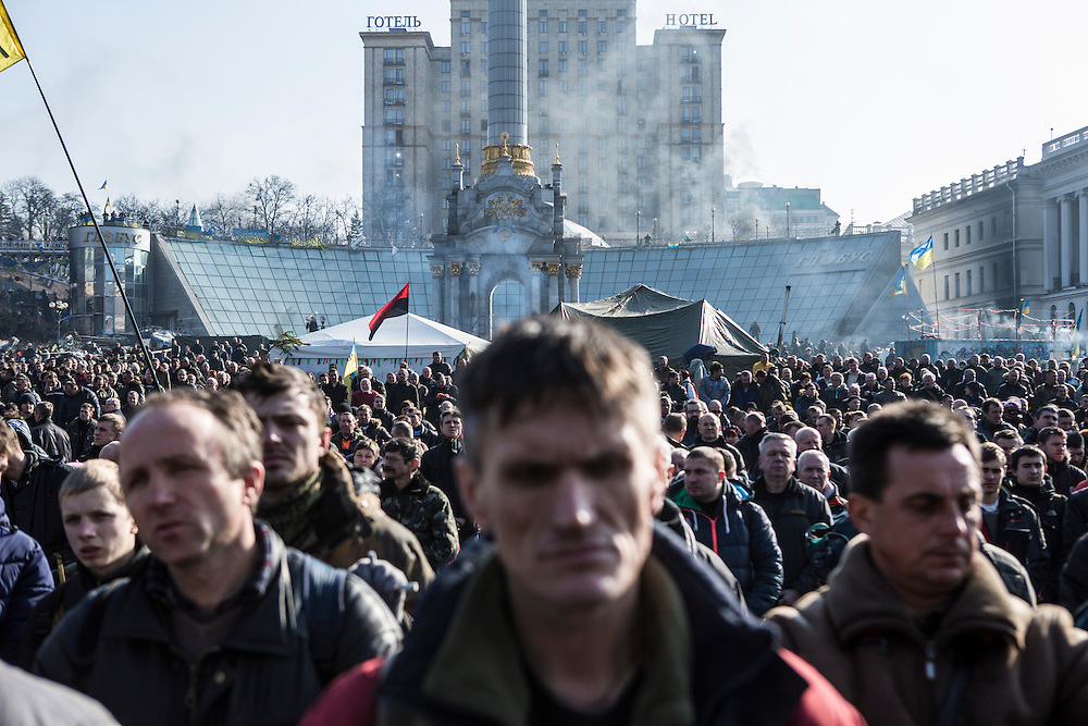 KIEV, UKRAINE - FEBRUARY 21: Anti-government protesters gather Independence Square on February 21, 2014 in Kiev, Ukraine. After a week that saw new levels of violence, with dozens killed, opposition and government representatives reached an agreement intended to resolve the crisis. (Photo by Brendan Hoffman/Getty Images) *** Local Caption ***