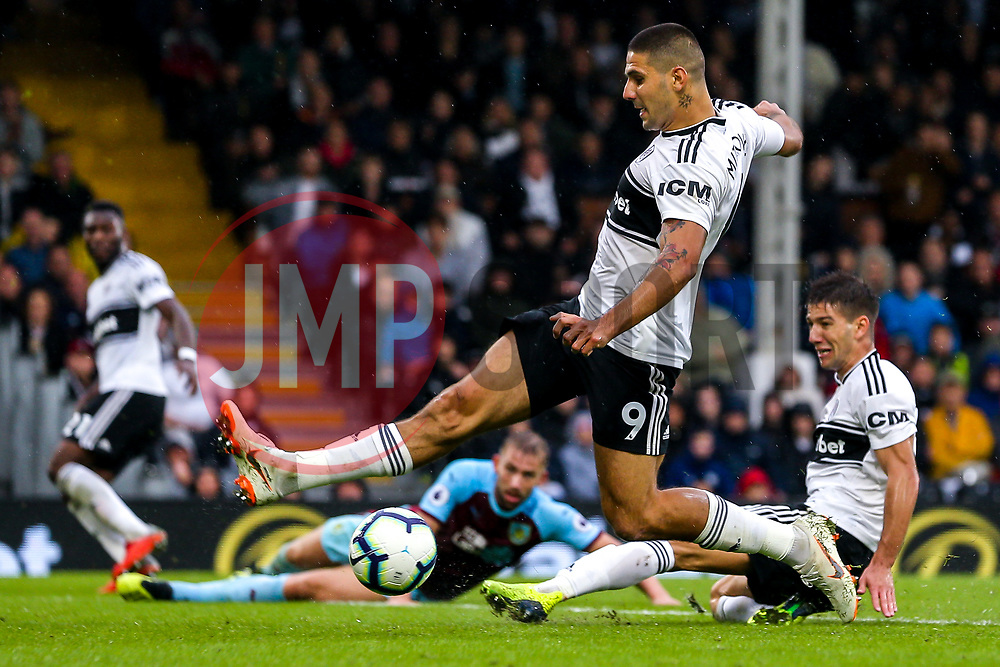 Aleksandar Mitrovic of Fulham fails to get on the end of a cross - Mandatory by-line: Robbie Stephenson/JMP - 26/08/2018 - FOOTBALL - Craven Cottage - Fulham, England - Fulham v Burnley - Premier League