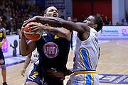 Darius Johnson Odom, Chris Wright<br /> Vanoli Cremona - Fiat Auxilium Torino<br /> Lega Basket Serie A 2016/2017<br /> Cremona, 12/02/2017<br /> Foto Ciamillo-Castoria