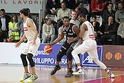 DESCRIZIONE: Varese Lega A 2015/16 <br /> Openjobmetis Varese vs Obiettivo Lavoro Bologna<br /> GIOCATORE: Dexter Pittman<br /> CATEGORIA: controcampo palleggio<br /> SQUADRA: Obiettivo Lavoro Virtus Bologna<br /> EVENTO: Campionato Lega A 2015-2016<br /> GARA: Openjobmetis Varese Obiettivo Lavoro Bologna<br /> DATA: 22/11/2015<br /> SPORT: Pallacanestro<br /> AUTORE: Agenzia Ciamillo-Castoria/A. Ossola<br /> Galleria: Lega Basket A 2015-2016<br /> Fotonotizia: Varese Lega A 2015-16 <br /> Openjobmetis Varese Obiettivo Lavoro Bologna